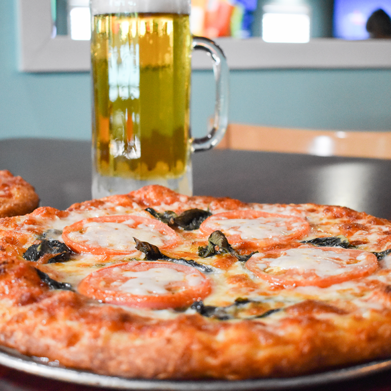 Bayside Grille Fort Myers Beach Restaurant Margarita Pizza and Beer